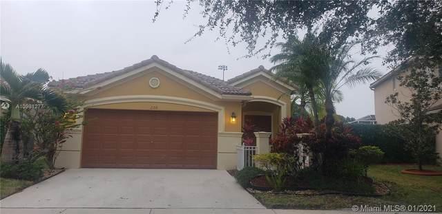 268 Conservation Dr, Weston, FL 33327 (MLS #A10981277) :: Berkshire Hathaway HomeServices EWM Realty