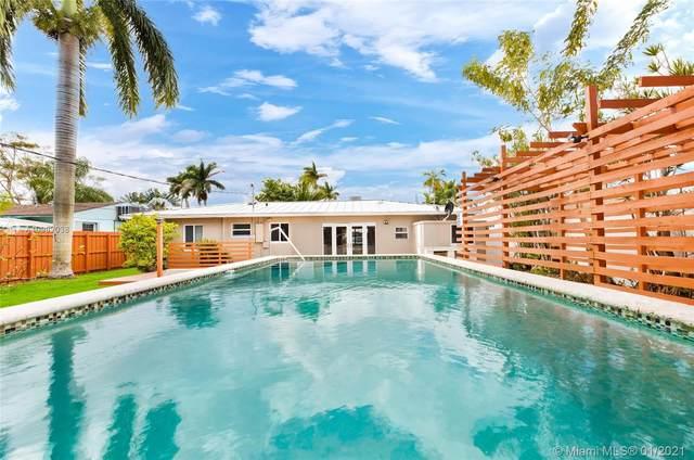 122 NE 1st Ct, Dania Beach, FL 33004 (MLS #A10982038) :: The Riley Smith Group