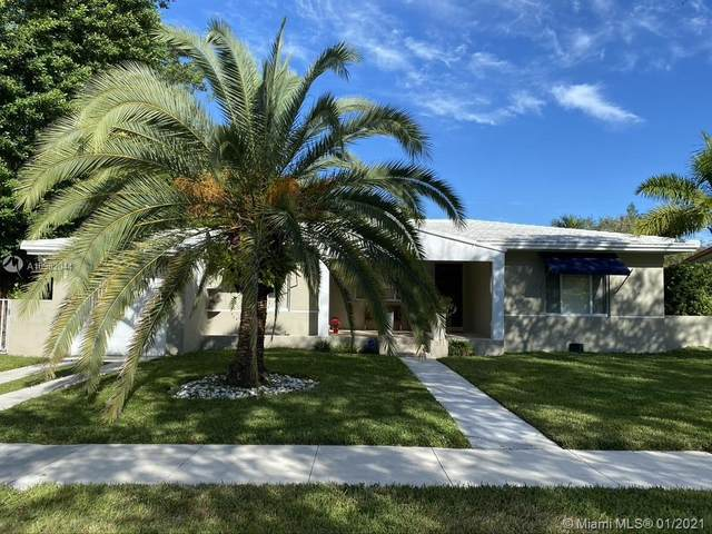 957 NE 99th St, Miami Shores, FL 33138 (MLS #A10982044) :: The Jack Coden Group