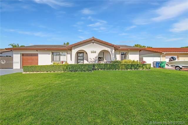 15039 SW 71st Ln, Miami, FL 33193 (MLS #A10982090) :: Carole Smith Real Estate Team