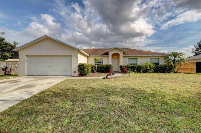 1713 SW Palermo Rd, Port Saint Lucie, FL 34987 (MLS #A10982094) :: Laurie Finkelstein Reader Team