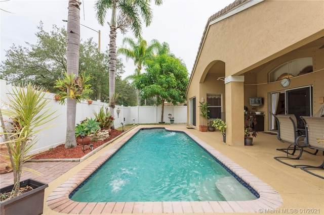 18667 SW 15th St, Pembroke Pines, FL 33029 (MLS #A10982215) :: Berkshire Hathaway HomeServices EWM Realty