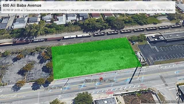 650 Ali Baba Avenue, Opa-Locka, FL 33054 (MLS #A10982328) :: Albert Garcia Team