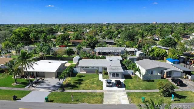 20540 Gulfstream Rd, Cutler Bay, FL 33189 (MLS #A10982551) :: Carole Smith Real Estate Team