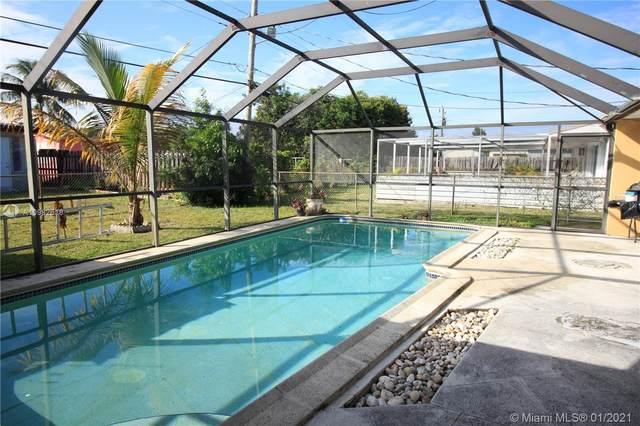 7754 Venetian St, Miramar, FL 33023 (MLS #A10982618) :: Green Realty Properties