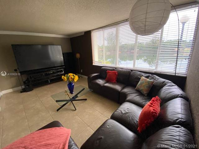 6911 SW 147th Ave 1E, Miami, FL 33193 (MLS #A10982619) :: KBiscayne Realty