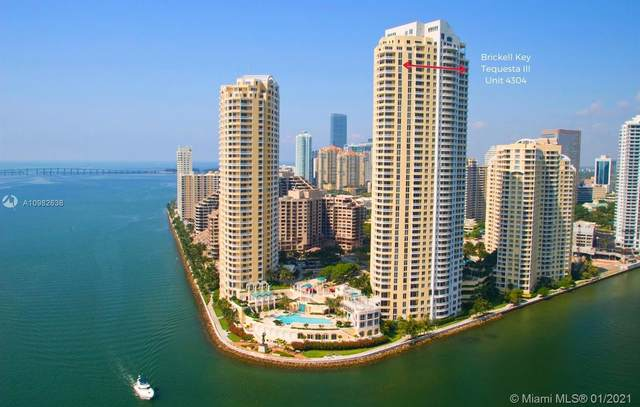 848 Brickell Key Dr #4304, Miami, FL 33131 (MLS #A10982638) :: Douglas Elliman