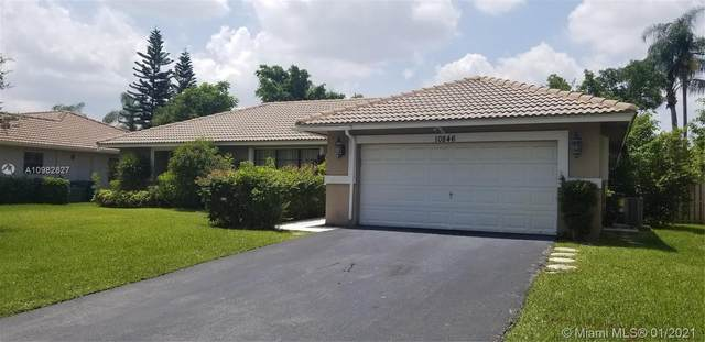 10846 NW 10th Pl, Coral Springs, FL 33071 (MLS #A10982827) :: The Teri Arbogast Team at Keller Williams Partners SW