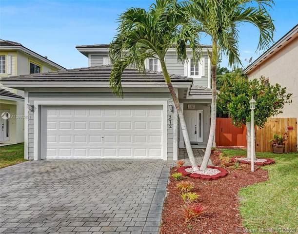 372 NE 31st Ave, Homestead, FL 33033 (MLS #A10982891) :: Rivas Vargas Group