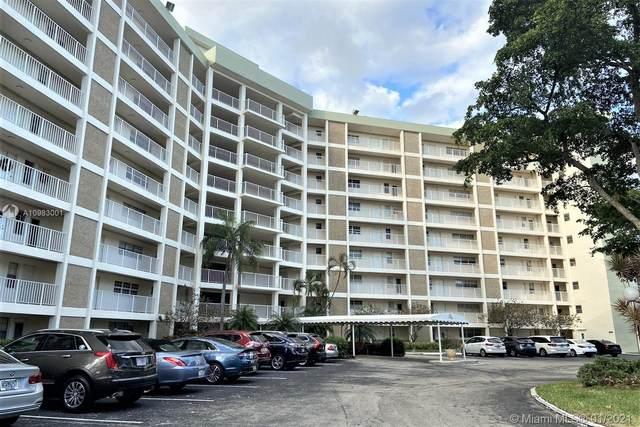 3090 N Course Dr #511, Pompano Beach, FL 33069 (MLS #A10983001) :: Carole Smith Real Estate Team