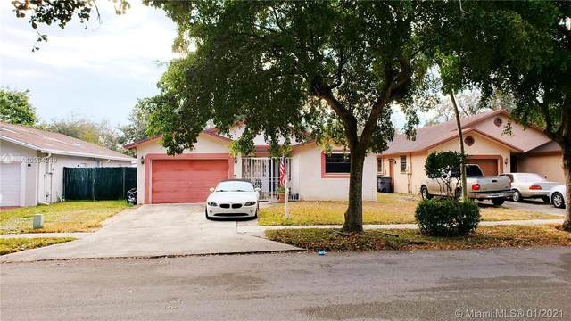 2540 Raleigh St, Hollywood, FL 33020 (MLS #A10984240) :: Search Broward Real Estate Team