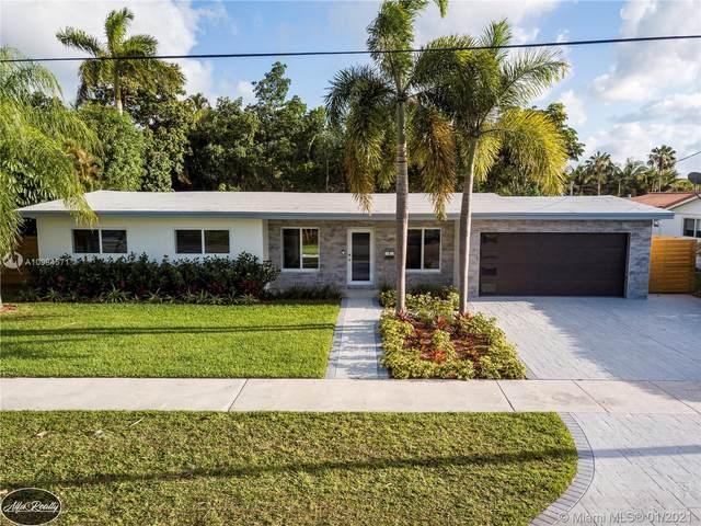 2310 NE 192nd St, Miami, FL 33180 (MLS #A10984571) :: Carole Smith Real Estate Team