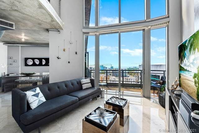 690 SW 1st Ct Phi26, Miami, FL 33130 (MLS #A10984597) :: The Jack Coden Group