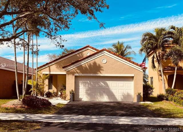 1541 Presidio Dr, Weston, FL 33327 (MLS #A10984601) :: Search Broward Real Estate Team