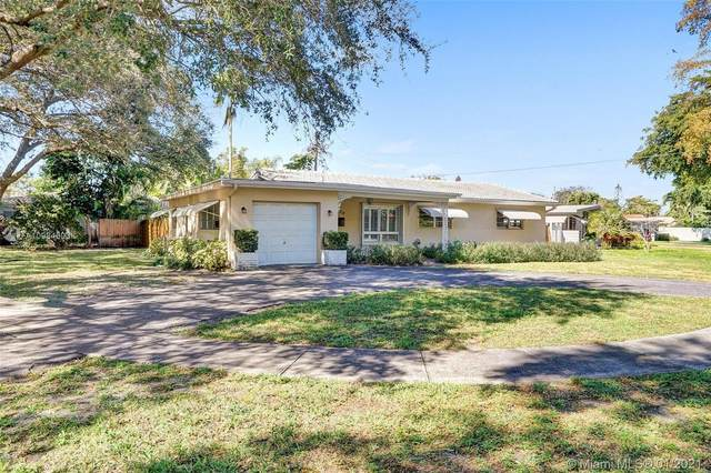420 S 57th Ave, Hollywood, FL 33023 (MLS #A10984603) :: Berkshire Hathaway HomeServices EWM Realty