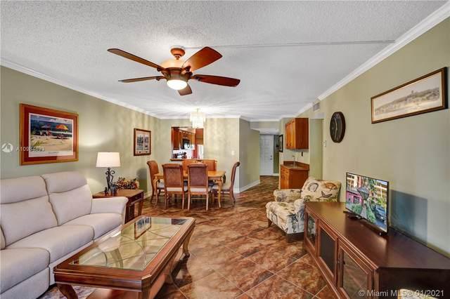 2208 S Cypress Bend Dr #307, Pompano Beach, FL 33069 (MLS #A10984693) :: Search Broward Real Estate Team