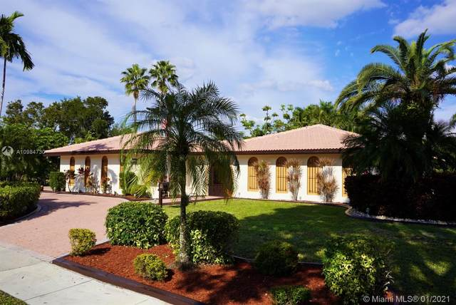 780 Renmar Dr, Plantation, FL 33317 (MLS #A10984730) :: The Jack Coden Group