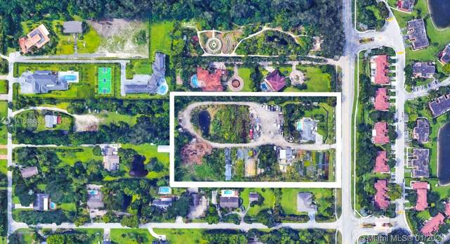 1555 SW 112th Ave, Davie, FL 33325 (MLS #A10984863) :: Green Realty Properties