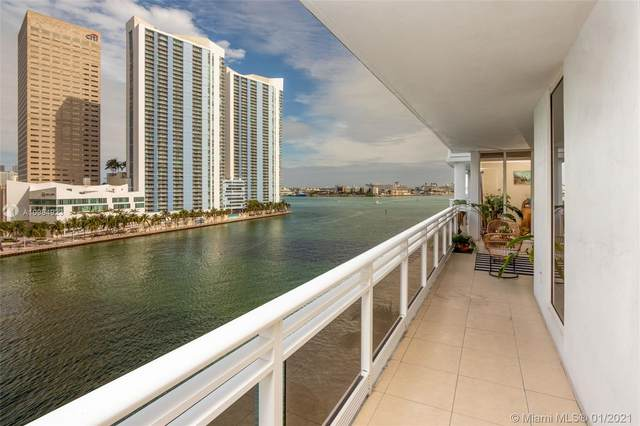 901 Brickell Key Blvd #805, Miami, FL 33131 (MLS #A10984923) :: Jo-Ann Forster Team