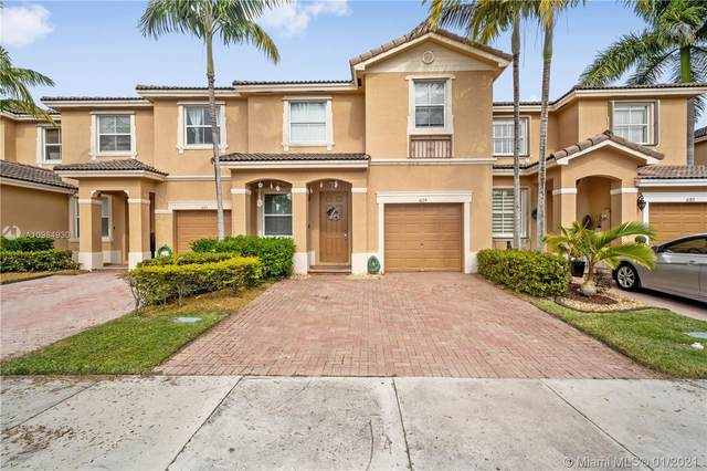 4179 NE 11th St, Homestead, FL 33033 (MLS #A10984930) :: Rivas Vargas Group