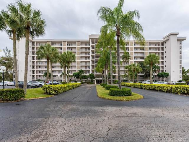 3200 N Palm Aire Dr #108, Pompano Beach, FL 33069 (MLS #A10985001) :: The Teri Arbogast Team at Keller Williams Partners SW