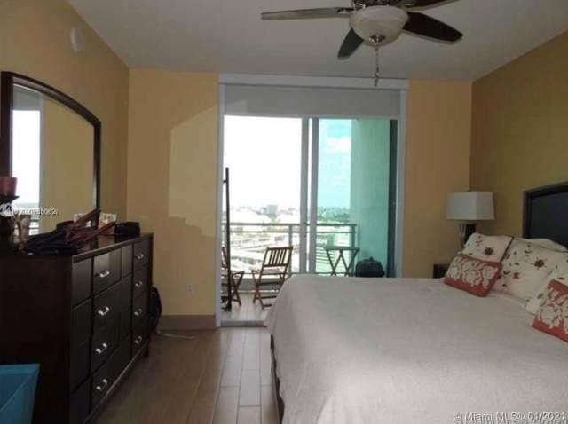 90 SW 3rd St #2406, Miami, FL 33130 (MLS #A10985062) :: Carole Smith Real Estate Team
