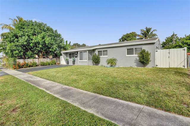 7021 Scott St, Hollywood, FL 33024 (MLS #A10985106) :: Patty Accorto Team