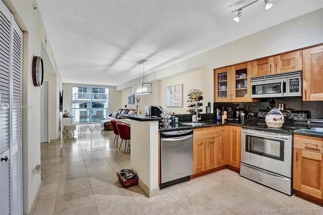 5091 NW 7th St #311, Miami, FL 33126 (MLS #A10985373) :: Berkshire Hathaway HomeServices EWM Realty
