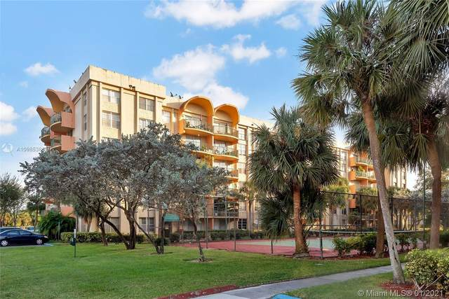 9310 Fontainebleau Blvd #105, Miami, FL 33172 (MLS #A10985386) :: Castelli Real Estate Services
