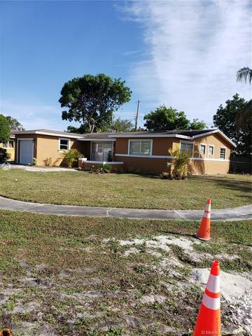 2300 NW 44th Ave, Lauderhill, FL 33313 (MLS #A10985434) :: United Realty Group
