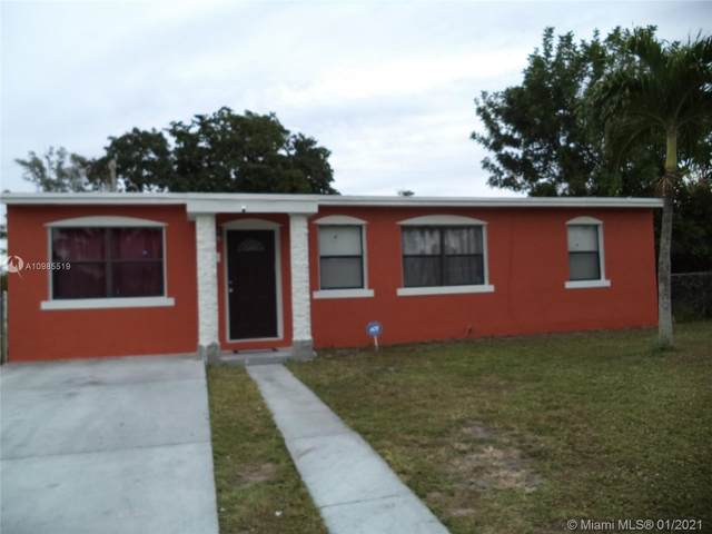 3741 SW 46th Ave, West Park, FL 33023 (MLS #A10985519) :: Castelli Real Estate Services