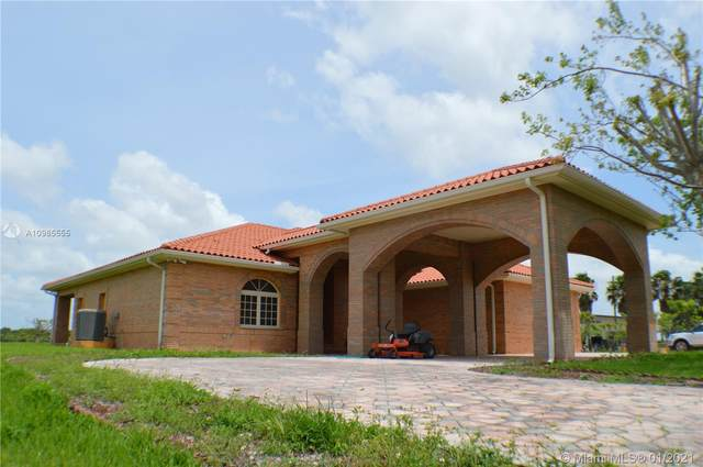 31002 SW 212th Ave, Homestead, FL 33030 (MLS #A10985555) :: The Teri Arbogast Team at Keller Williams Partners SW