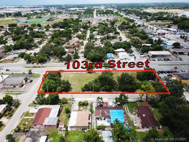 2801 NW 102nd St, Miami, FL 33165 (MLS #A10985971) :: The Riley Smith Group