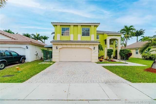 13065 SW 49th Ct, Miramar, FL 33027 (MLS #A10986016) :: Green Realty Properties