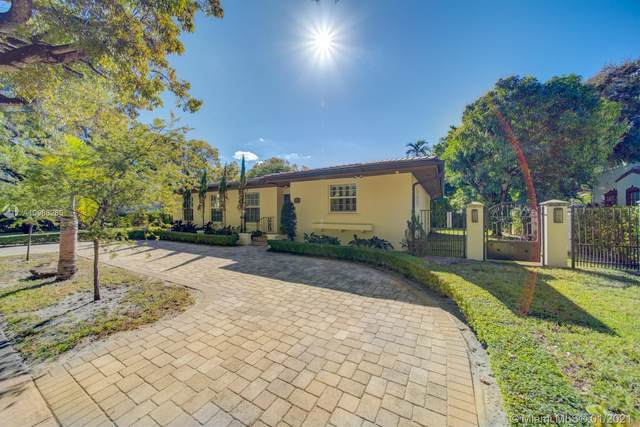 800 Valencia Ave, Coral Gables, FL 33134 (MLS #A10986260) :: Carole Smith Real Estate Team
