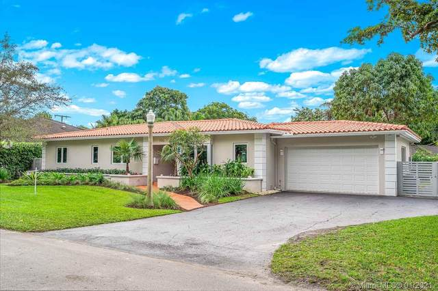 730 Saldano Ave, Coral Gables, FL 33143 (MLS #A10986325) :: Equity Realty
