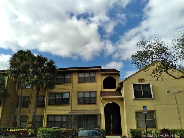 2311 N Congress Ave #16, Boynton Beach, FL 33426 (MLS #A10986373) :: Prestige Realty Group