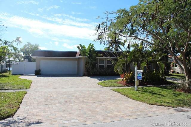 7040 SW 16th St, Plantation, FL 33317 (MLS #A10986457) :: Green Realty Properties