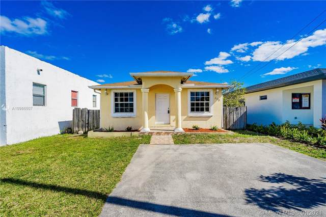 308 NW 2nd Ave, Hallandale Beach, FL 33009 (MLS #A10986507) :: Castelli Real Estate Services