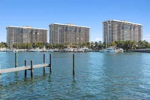 2 Grove Isle Dr B402, Miami, FL 33133 (MLS #A10987139) :: Berkshire Hathaway HomeServices EWM Realty