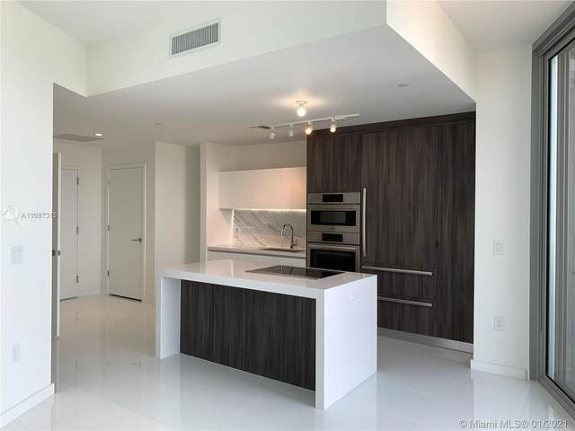 851 NE 1st Ave #2702, Miami, FL 33132 (MLS #A10987315) :: The Teri Arbogast Team at Keller Williams Partners SW
