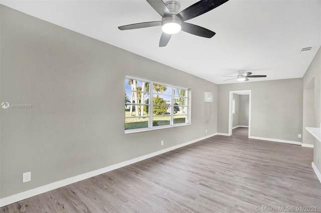 4401 NW 45th St, Tamarac, FL 33319 (MLS #A10987625) :: Carole Smith Real Estate Team