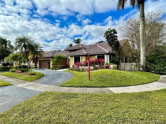 1191 NW 100th Way, Plantation, FL 33322 (MLS #A10987689) :: United Realty Group