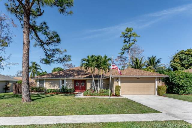 1495 Hollyhock Rd, Wellington, FL 33414 (MLS #A10987878) :: Castelli Real Estate Services