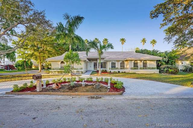 10413 NW 6th St, Coral Springs, FL 33071 (MLS #A10988063) :: United Realty Group