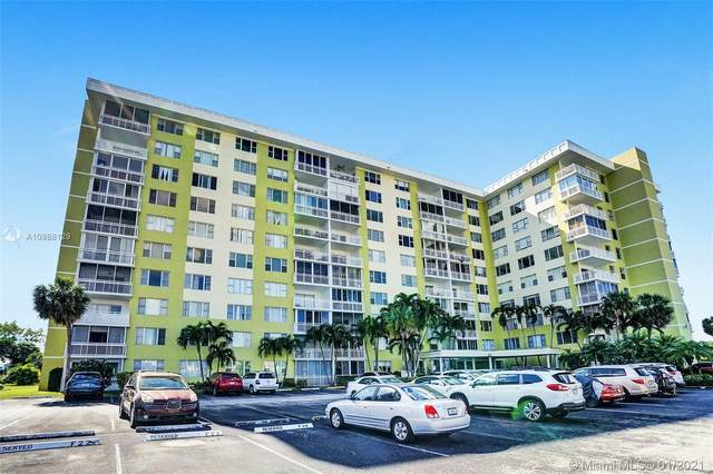 4400 Hillcrest Dr 909A, Hollywood, FL 33021 (MLS #A10988129) :: Equity Realty