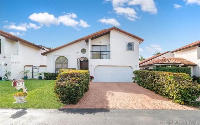 10524 SW 118th Pl, Miami, FL 33186 (MLS #A10988159) :: Equity Advisor Team