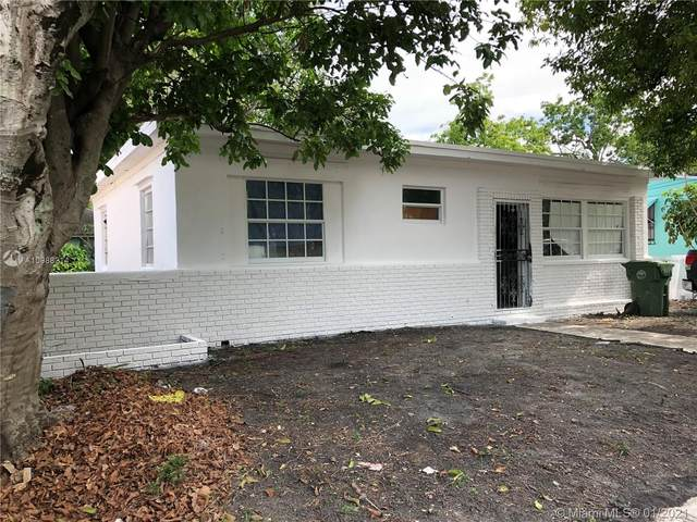 Miami, FL 33150 :: The Howland Group