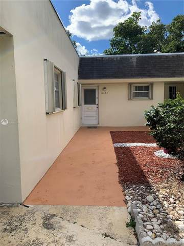 Miami, FL 33157 :: The Howland Group