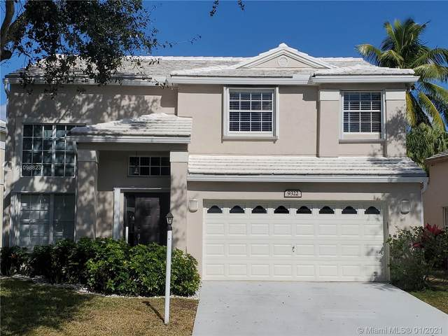 9322 NW 8th Cir, Plantation, FL 33324 (MLS #A10988231) :: The Jack Coden Group
